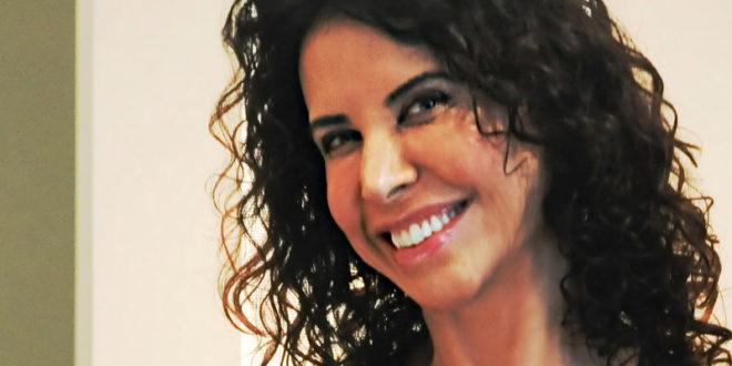Claudia Alencar - A Nova Mulher do Seculo 21